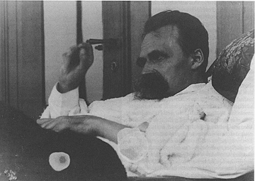 800px-Nietzsche_Olde_08