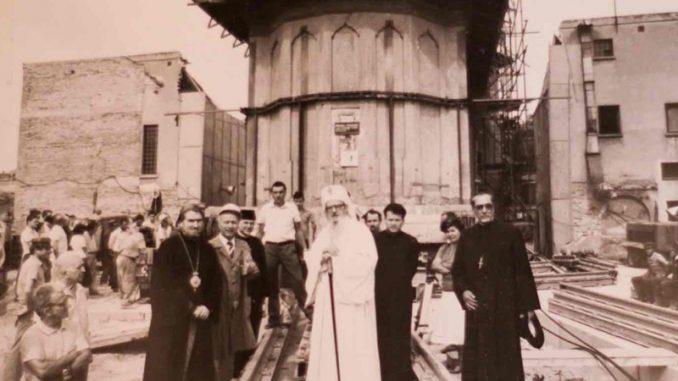 De rollende kerken van Boekarest